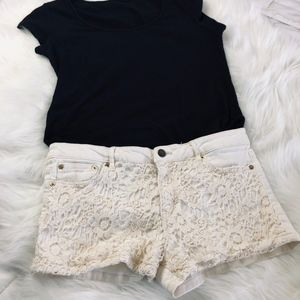 Cream shorts with lace accent